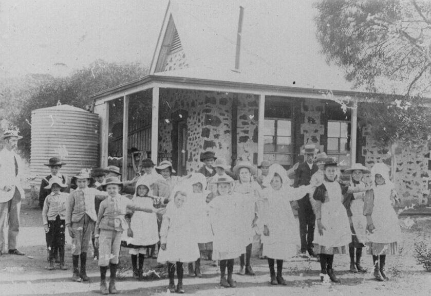 Yetna School 1904