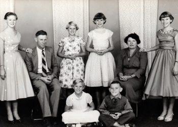 Batten Family Studio Photo